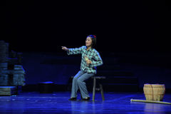 Opéra de Jiangxi de soeur de broderie une balance Photo stock