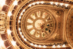 Opéra de plafond de théâtre image stock
