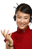 Opérateur asiatique féminin de sourire heureux de service client Photos stock