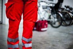 Opérateur de secours dans l'action photo libre de droits