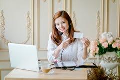 opérateur féminin amical de service d'assistance Image libre de droits