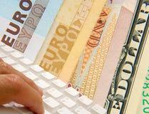 Opérations bancaires d'Internet image libre de droits