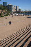 Opérations et avant-cour de théatre de l'$opéra de Sydney images libres de droits