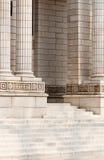 Opérations et pilier de la construction commerciale Image libre de droits