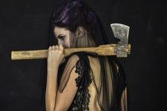 Opłakujący wdowy z cioską - Tylną zdjęcia stock