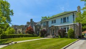 Op bestelling gemaakt luxehuis in de voorsteden van Toronto, Canada royalty-vrije stock fotografie
