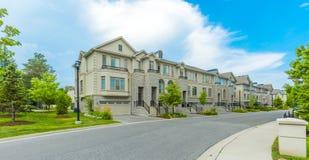 Op bestelling gemaakt luxehuis in de voorsteden van Toronto, Canada royalty-vrije stock foto