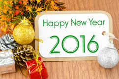 2016 op bruine markeringsdocument nieuwe jaardecoratie Stock Foto