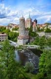 Op de banken van de rivierfuif in Bautzen stock foto
