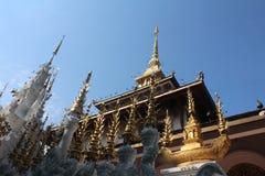 Op de bovenkant van de pagode stock afbeelding