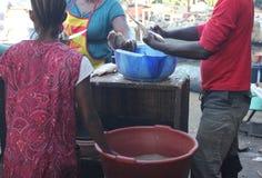 Op de kust van Wouri, Douala, Cameroun royalty-vrije stock afbeelding