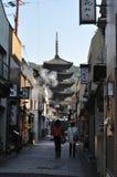 Op de manier aan dera Kiyomizu Royalty-vrije Stock Afbeeldingen