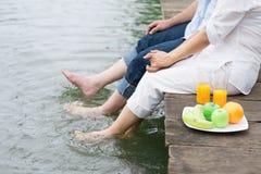 Op de rivieroever Stock Foto