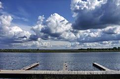 Op de rivieroever Lielupe dichtbij Dubulti Stock Fotografie