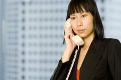 Op de Telefoon stock fotografie