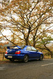 Op de Weg - Subaru Impreza, de Japanse Auto van Prestaties Stock Fotografie