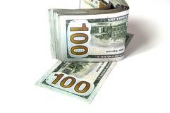 $ 100 op de witte achtergrond en portefeuillebeelden, Royalty-vrije Stock Afbeeldingen