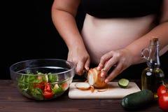 Op dieet zijnd, gezond voedsel, gewicht het verliezen, welzijn Te zwaar vet stock foto's