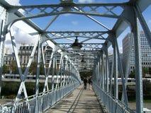 Op een brug Stock Foto