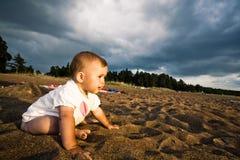 Op een strand royalty-vrije stock foto