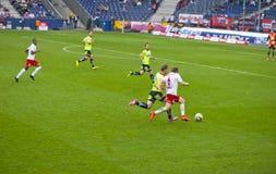 Op een Voetbalwedstrijd Stock Foto's