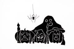 Op een witte achtergrond zijn getrokken enge pompoenen en een Spook met open ogen en monden en een spin die over hen hangen royalty-vrije illustratie