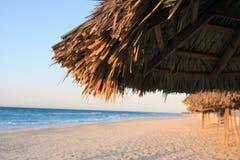 Op het strand Royalty-vrije Stock Afbeeldingen