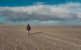 Op het strand bij eiland van wangerooge in de Noordzee in Duitsland royalty-vrije stock afbeelding