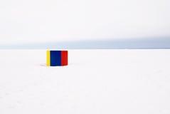 Op het strand in de winter royalty-vrije stock afbeelding