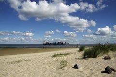 Op het strand van de Noordzee royalty-vrije stock fotografie