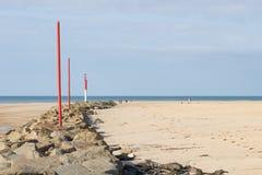 Op het Strand van Portbail, Normandië, Frankrijk at low tide Stock Foto's