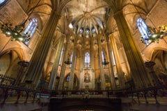 Op mening van het schip van de Kathedraal van Barcelona stock fotografie