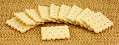 Op smaak gebrachte snackcrackers Stock Afbeeldingen