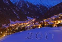 2017 op sneeuw bij bergen - Solden Oostenrijk Royalty-vrije Stock Afbeelding