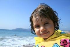 Op zee het meisje van de baby Royalty-vrije Stock Afbeeldingen
