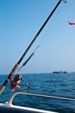 Op zee vissend weg op boot Stock Foto