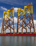 Op zee windenergie Stock Afbeeldingen