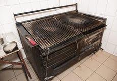 Op zwaar werk berekende grill Stock Foto's
