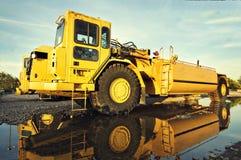 Op zwaar werk berekende het voertuigapparatuur van de bouw Stock Fotografie