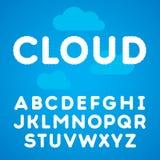 Opacifie l'alphabet sur un fond de ciel bleu Photos libres de droits