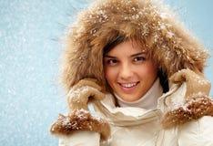 Opad śniegu dziewczyna zdjęcie royalty free