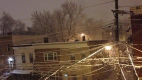 Opad śniegu przy nocą w zimie w Dżersejowym mieście, NJ zdjęcie wideo