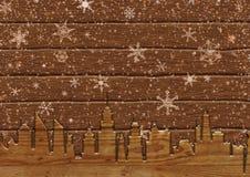 Opad śniegu w mieście na deskach Zdjęcia Royalty Free