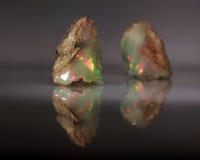 Opale naturelle Welo de jeu-de-couleur du feu Image stock