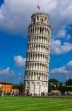 Oparty wierza Pisa Torre pendente di Pisa w Pisa, Włochy Zdjęcia Stock