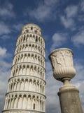 Oparty wierza Pisa w Tuscany, Włochy Obraz Royalty Free