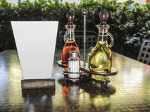 Opatrunkowego oliwa z oliwek, octu setu i Obrazy Stock