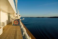 Opblaasbare Vlotten, het Schip van de Cruise stock afbeeldingen