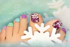 Opci zimy śnieżny kolorowy pedicure Zdjęcia Stock