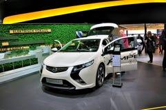 Opel Ampera auf IAA Frankfurt 2011 stockbilder
